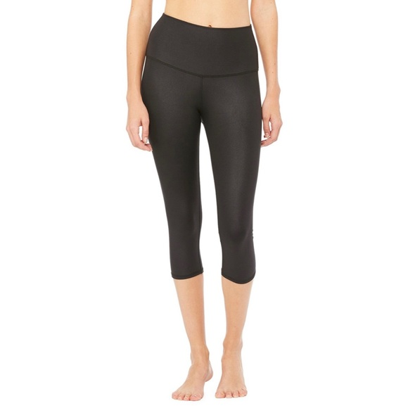 9c66d79477 ALO Yoga Pants | Highwaist Airbrush Capri Legging Size Xs | Poshmark